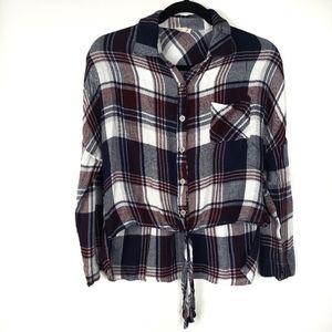 En creme plaid high low long sleeve women's shirt